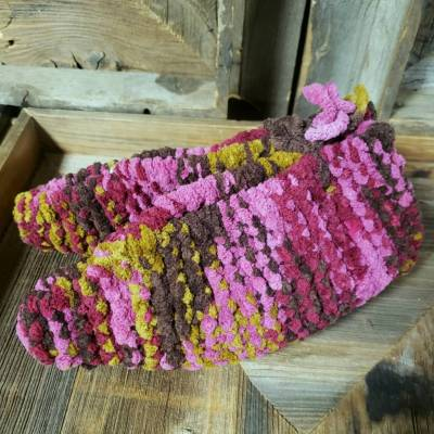 Hand Knit - Ladies Adult Slippers